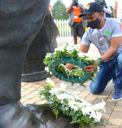 Powerful Mandela Remembrance Walk & Run from #WhereverUR breaks new barriers