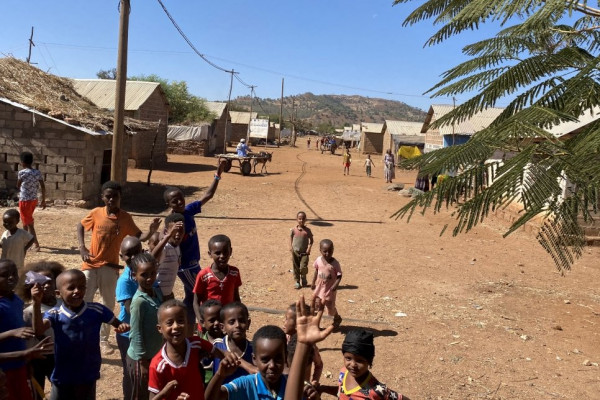 UNHCR finds dire need in Eritrean refugee camps cut off in Tigray conflict
