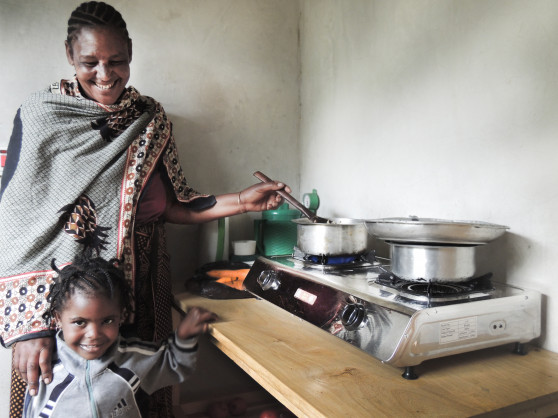African Development Bank Invests in Pioneering SPARK+ Africa Fund to Deliver Clean Cooking Solutions