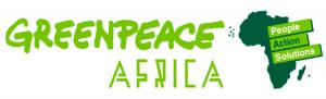 Les activistes de Greenpeace Afrique envoient un monstre en plastique à l'usine de Nestlé au Kenya