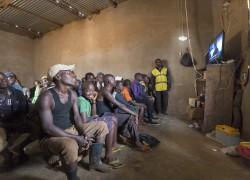 Rwanda_TV_Villagecinema_large_062216_00229-a-additional_light_smaller.jpg
