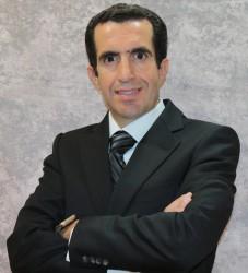 Muneer Zuhdi Professional Photo.jpg