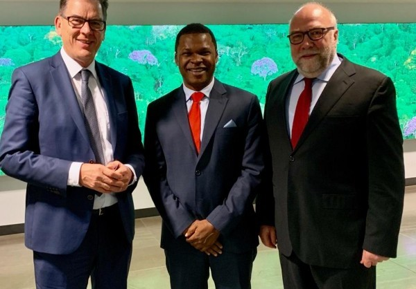 APO Group - Africa Newsroom / Press release | Germany Africa